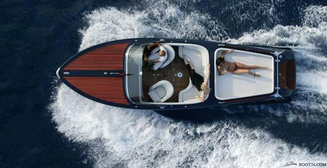 винтажная лодка