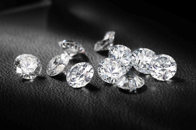 Определить «чистоту» алмаза гораздо сложнее, чем пробу золота.