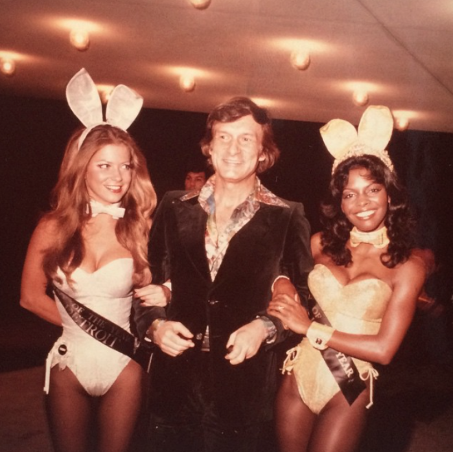 """<p style=""""text-align: center;"""">Вместе с playmates of the year. 1972.</p>"""