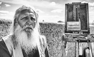 Одно поколение страны: портреты 100 россиян с шагом в год