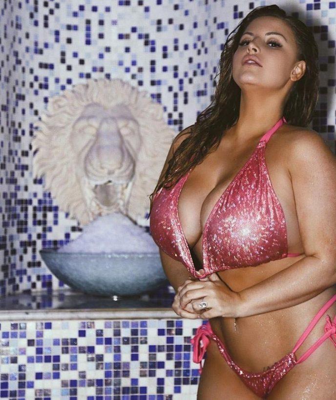 Порно фото самой красивой девушки в мире