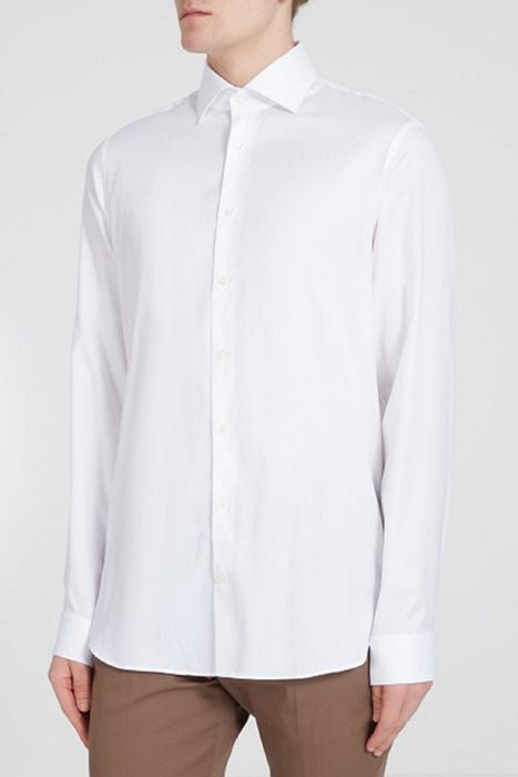 Как носить белую рубашку, чтобы не выглядеть скучно: советы для стильных мужчин