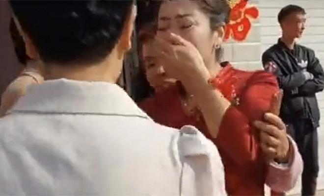 Мать узнала в невесте сына свою потерянную дочь