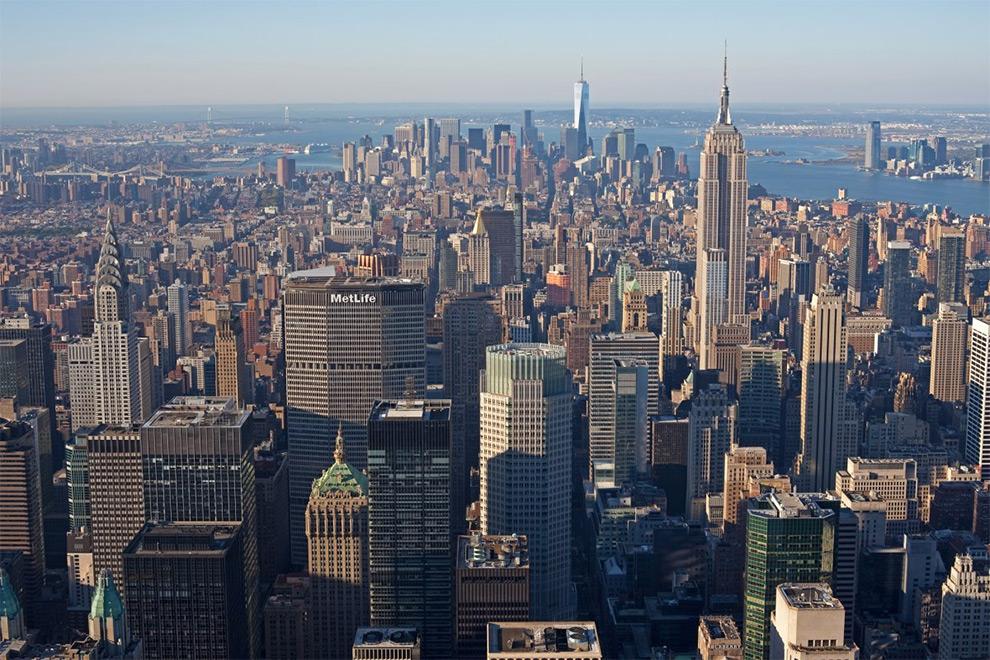 Нью-Йорк является главным героем 432 Park Avenue. Возможно, это лучшие виды, которые можно получить за деньги в этом городе.