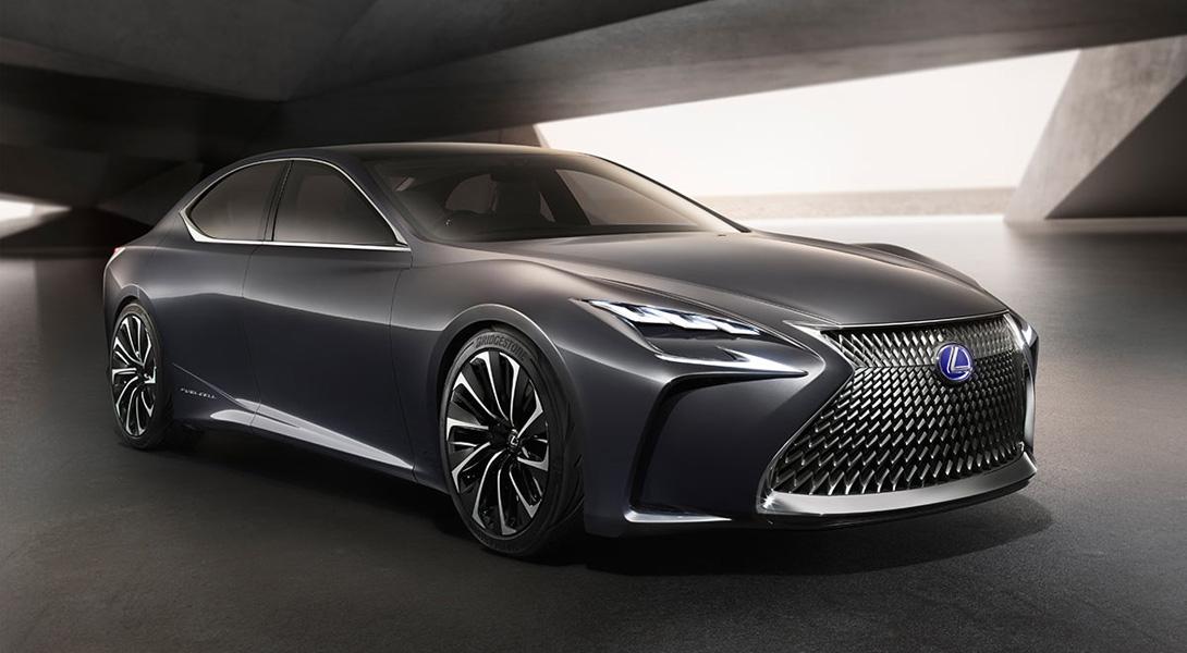 � Lexus LF-FC ���������� ������������� ������ ������, ��������� �� �����������, �������, ��� � ����������� ��������������, ������������� ��������� �������� �� ������.