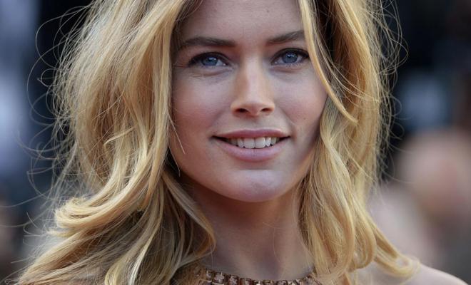 Красивые обнаженные девушки скандинавской внешности