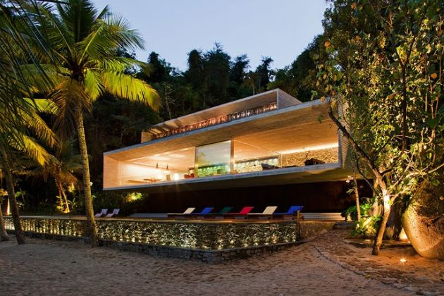 The Paraty House Marcio Kogan Architects