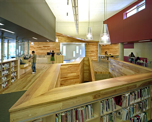 inFORM studio: Traverwood Library