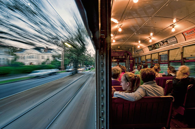 NEW ORLEANS STREETCAR/Don Chamblee