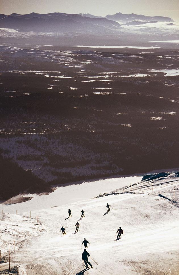 Всего в Оре 110 спусков и 47 подъёмников, трассы подойдут как опытным