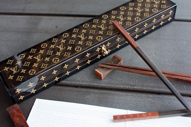 посуда, Louis Vuitton, Louis Vuitton Chopsticks