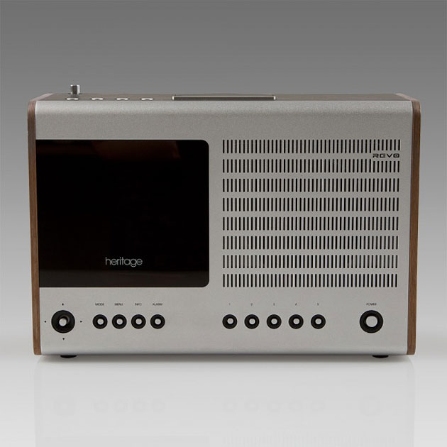 Heritage Deluxe Table Radio by Revo