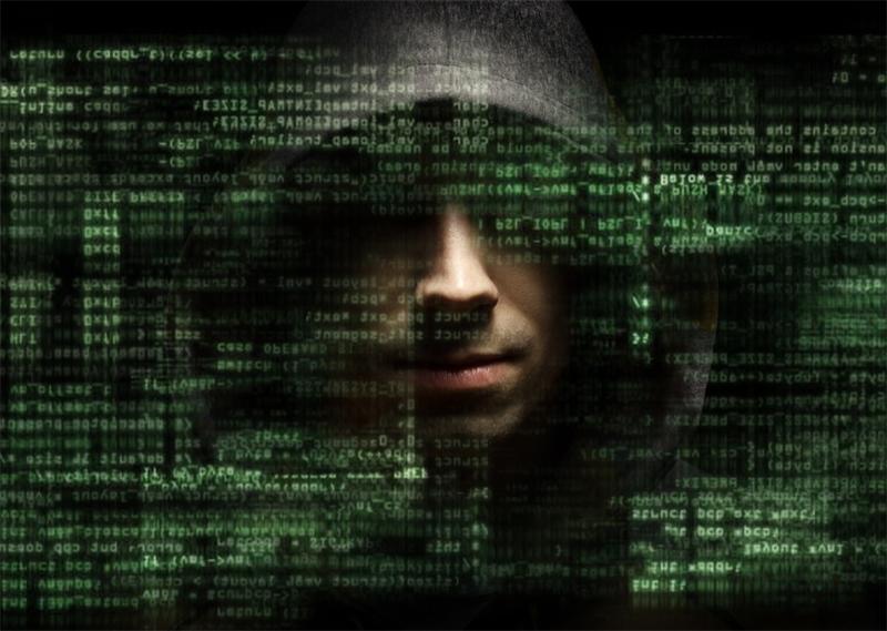 Самые опасные люди в Интернете (5 фото)