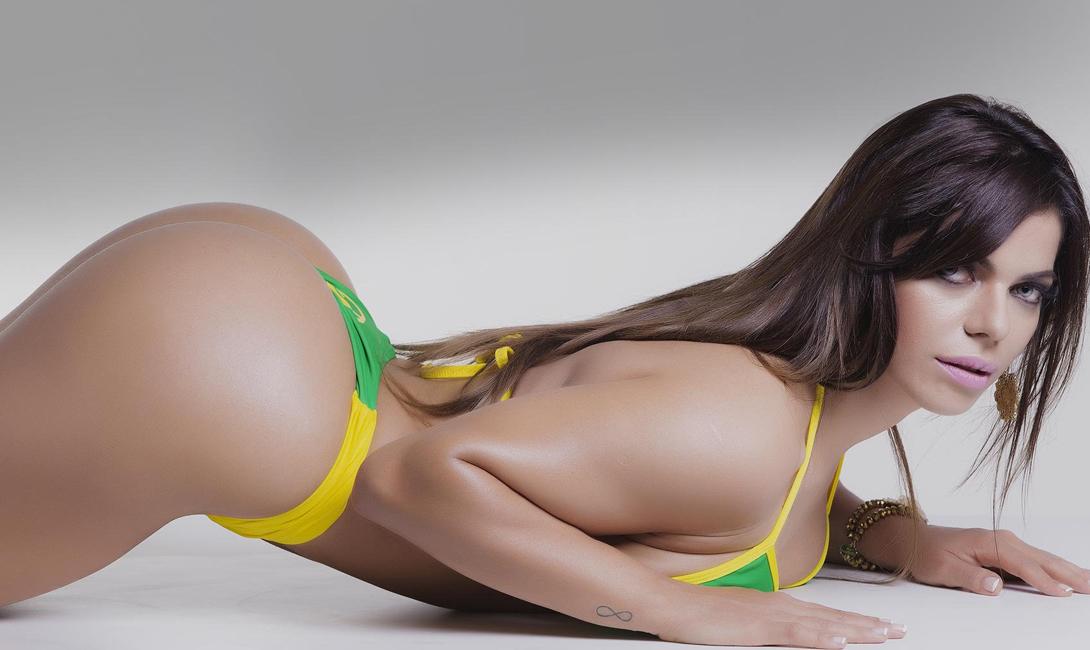 Горячая бразильская девушка попа, порно видео купе поезда
