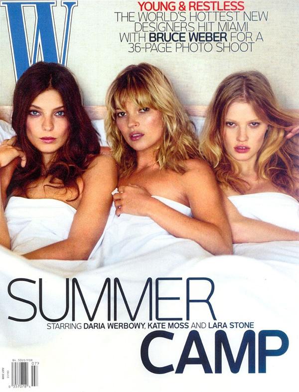 <p>Белокурая троица — Дарья Уэрбоу, Кэйт Мосс и Лара Стоун — на обложке июльского номераW Magazine, 2008 года. Счастливец, стоявший за штативом камеры — Брюс Уэбстер.</p>