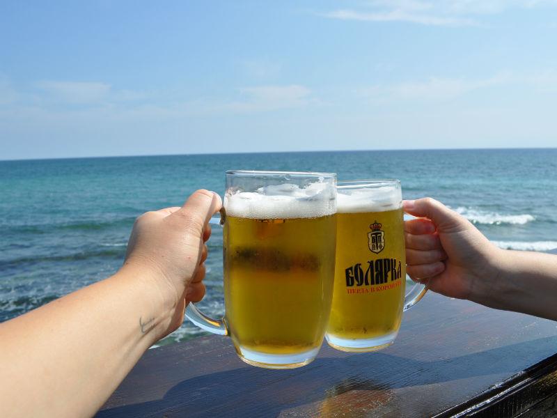 выставить всеобщее фото отдых с пивом на море принесла тепло