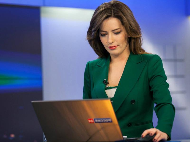 Телеведущие россии голые фото