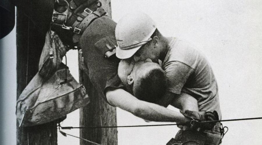Фотография поцелуй жизни