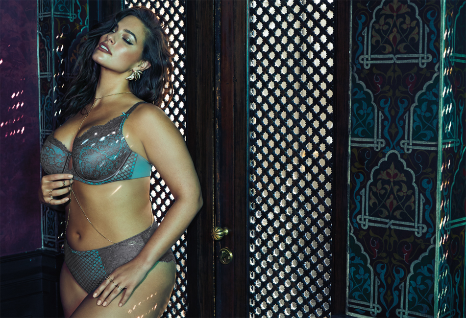 Модель «плюс сайз» Эшли Грэм разделась для рекламной фотосессии собственного белья
