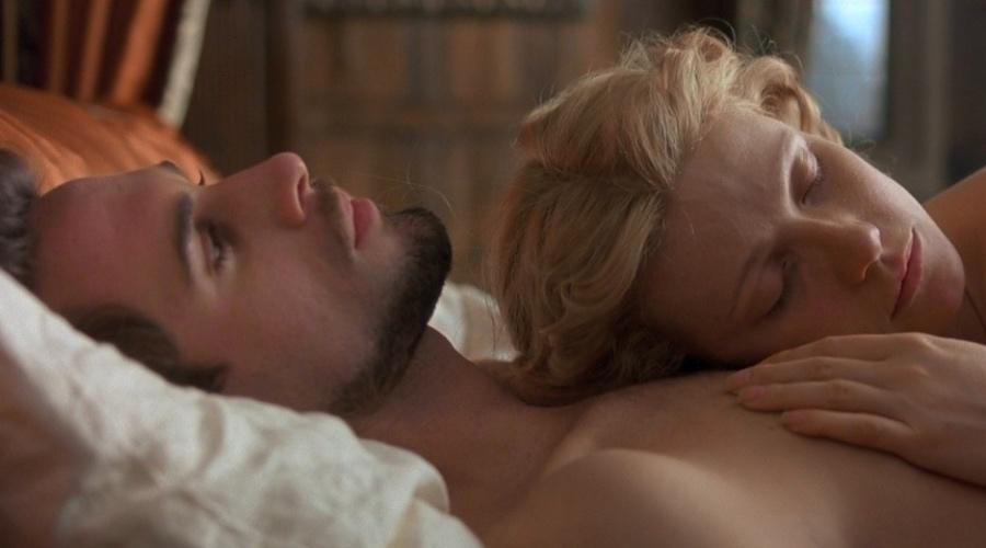 94Художественные фильмы с откровенными постельными сценами смотреть онлайн