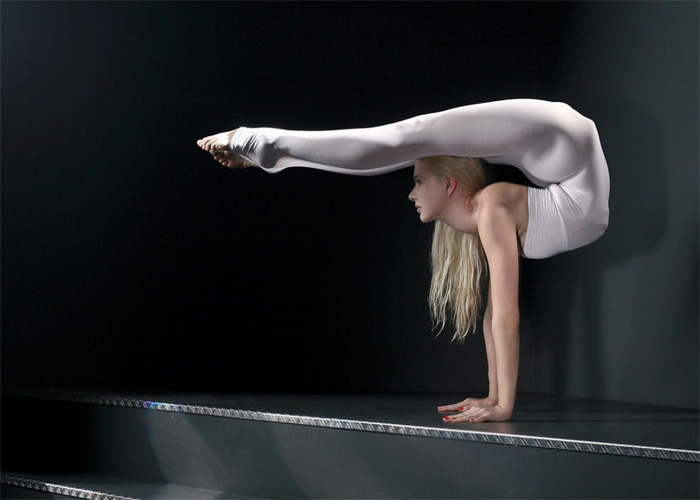 Гимнастки с раздвинутыми ногами так