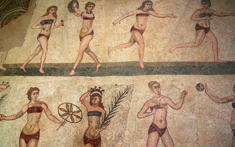 Картинки по запросу древние лифчики