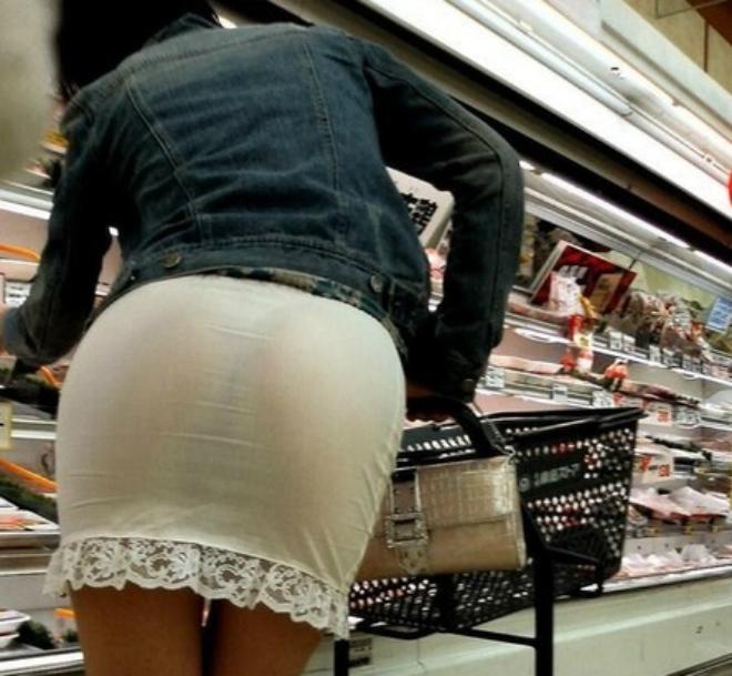 Трахнул продавщицу в магазине нижнего белья какое